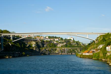 Photo pour Douro River - Porto - Portugal - image libre de droit