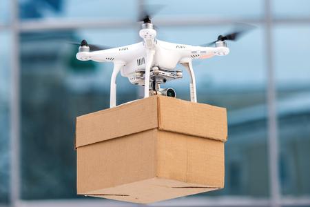 Foto de Drone is a great tool for delivering packages. - Imagen libre de derechos