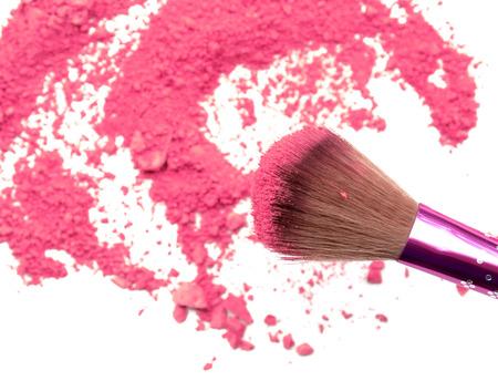 Foto de Professional make-up brush on rainbow crushed eyeshadow - Imagen libre de derechos