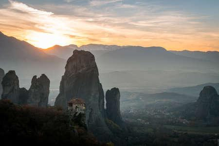 Foto de Beautiful Meteora monasteries in sunset in Greece. - Imagen libre de derechos