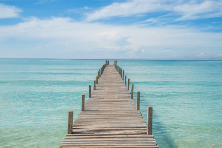 Foto de Summer, Travel, Vacation and Holiday concept - Wooden pier in Phuket, Thailand - Imagen libre de derechos