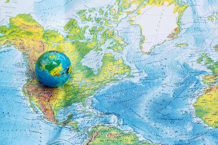 Foto de Still globe, map backround - Imagen libre de derechos