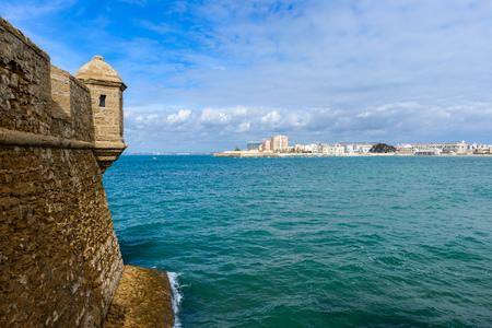 Foto de Castle of San Sebastian at Cadiz, Spain - Imagen libre de derechos