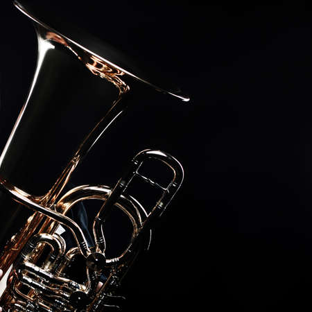 Photo pour Tuba brass instrument. Wind music instrument. Orchestra bass horn trumpet isolated - image libre de droit