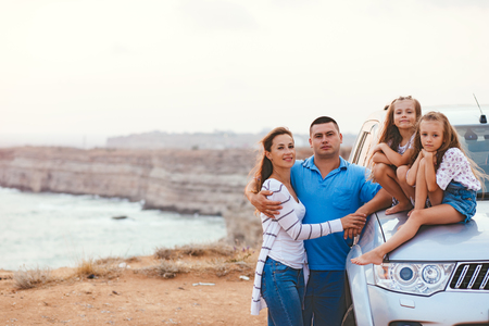 Photo pour Family trip by car on the sea shore in sunset, travel photo series - image libre de droit