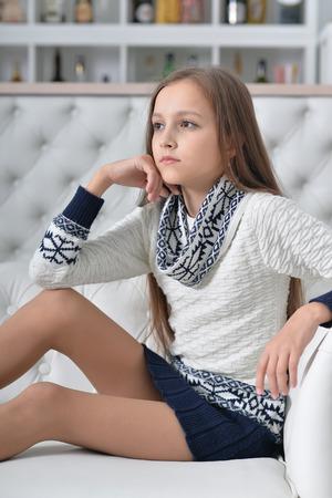 Photo pour portrait of cute girl posing - image libre de droit