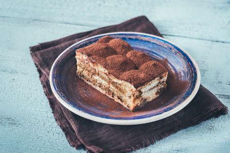 Foto per Portion of Tiramisu dessert - Immagine Royalty Free