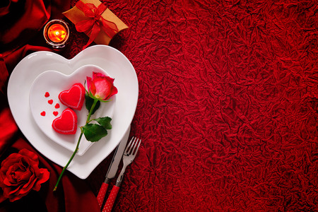 Foto de Romantic table setting for Valentines day - Imagen libre de derechos