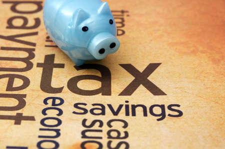 Photo pour Piggy bank and tax concept - image libre de droit