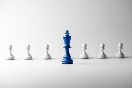 Photo pour Chess business concept, leader & success - image libre de droit