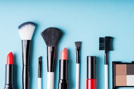 Photo pour Set of Makeup cosmetics products with bag on top view - image libre de droit