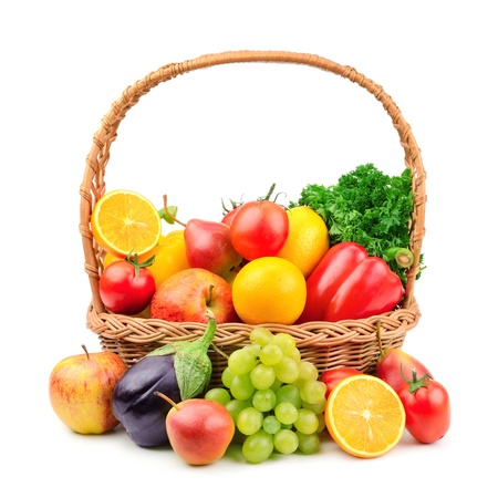 Foto für fruits and vegetables in a wicker basket - Lizenzfreies Bild
