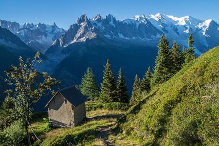 Foto de cheserys,massif of mont blanc,chamonix,haute savoie,france - Imagen libre de derechos