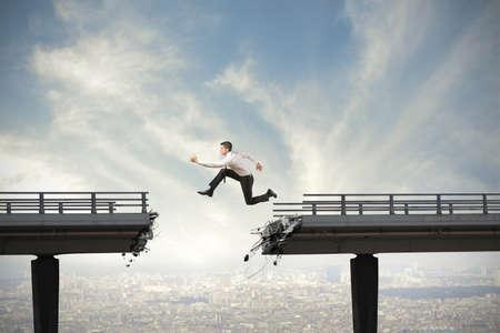 Foto de Businessman and overcome the difficulties concept - Imagen libre de derechos