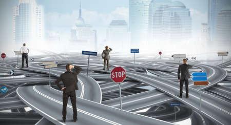 Photo pour Concept of confused way of a businessman - image libre de droit