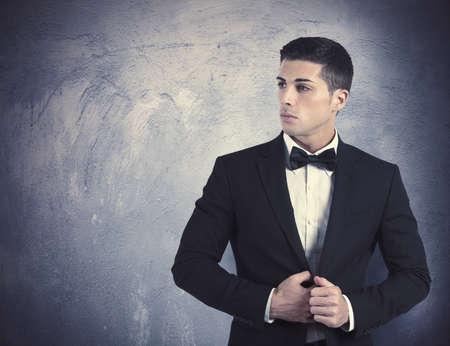 Photo pour Concept of elegant young man with necktie - image libre de droit