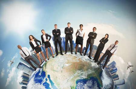 Foto de Concept of global business team with businesspeople over the world - Imagen libre de derechos