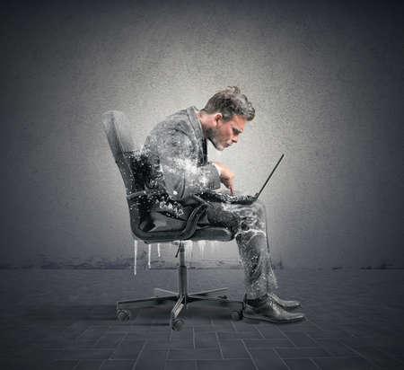 Foto de Concept of internet addiction with frozen businessman - Imagen libre de derechos