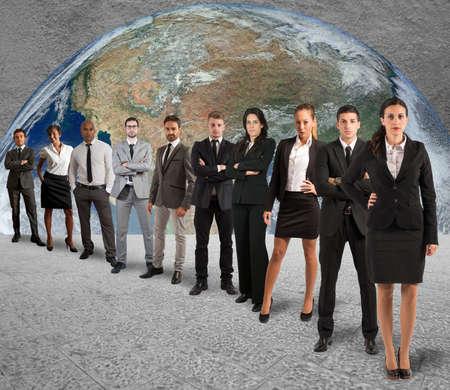 Photo pour Concept of global support team with a company team - image libre de droit