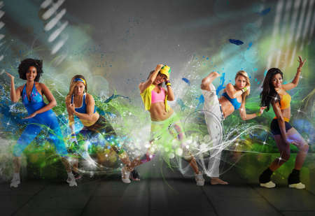 Foto de A group of Modern dancer with motion effect - Imagen libre de derechos