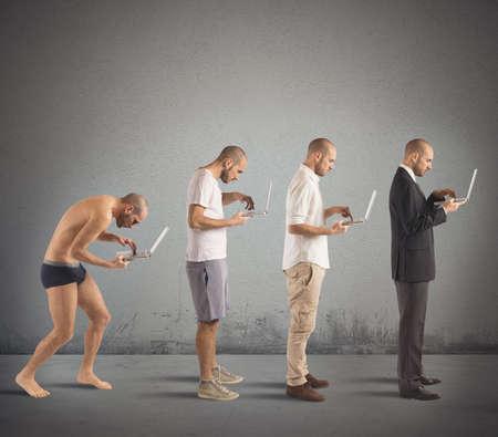 Foto de Evolution from hunched man to successful man - Imagen libre de derechos