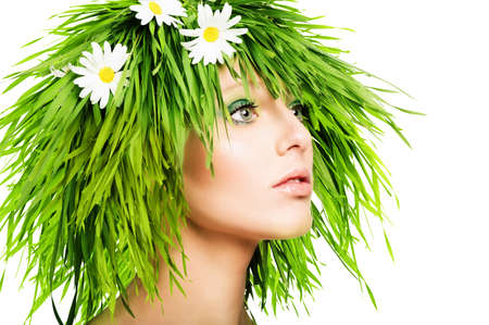 Foto de Girl with grass hair and green makeup - Imagen libre de derechos