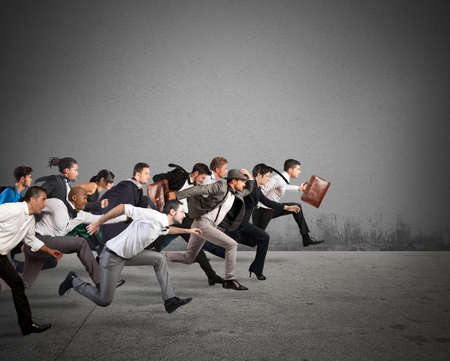 Photo pour Business people run together in the same direction - image libre de droit