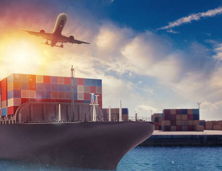 Photo pour Cargo ship and airplane at the port ready to travel with packages. 3d rendering - image libre de droit
