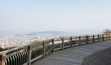 Foto de Observation viewpoint at the top of Mount Bizan with panoramic views of Tokushima city - Tokushima prefecture, Japan - Imagen libre de derechos