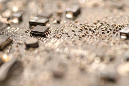 Photo pour close up ic surface mount device on mainboard circuit - image libre de droit