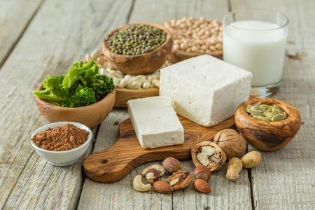 Photo pour Selection vegan protein sources on wood background, copy space - image libre de droit