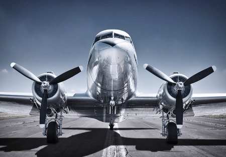 Foto de airplane ready for take off - Imagen libre de derechos