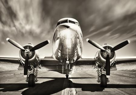 Foto de retro airplane - Imagen libre de derechos