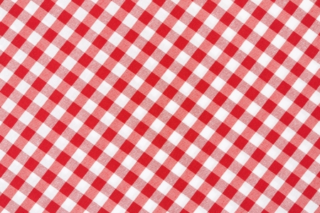 Photo pour Red and white gingham tablecloth texture background - image libre de droit