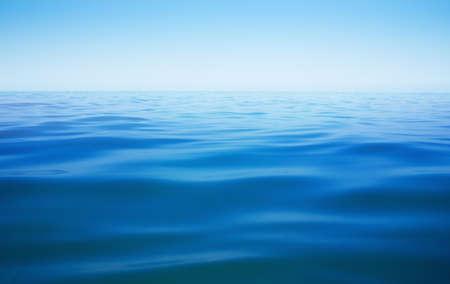 Foto de ocean or sea or lake water surface with horizon - Imagen libre de derechos