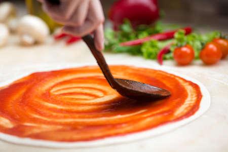 Foto de Italian pizza making - Imagen libre de derechos