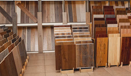 Photo pour Sample parquet boards in hardware store, in home improvement warehouse exterior - image libre de droit