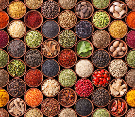 Photo pour Seamless texture with spices and herbs - image libre de droit