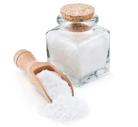 Photo pour Regular table salt in a glass bottlel isolated on white background - image libre de droit