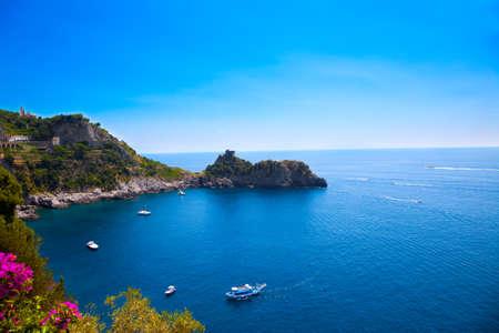 Foto de View of the Amalfi Coast, Italy. - Imagen libre de derechos