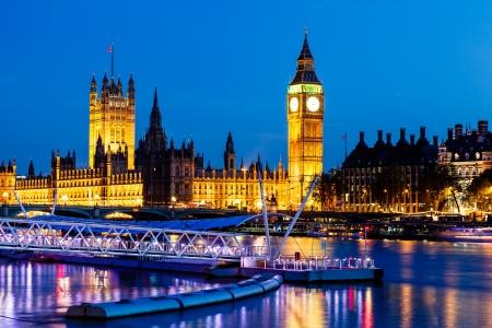Photo pour Big Ben and House of Parliament at Night, London, United Kingdom - image libre de droit