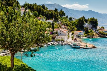 Foto de Beautiful Adriatic Bay and the Village near Split, Croatia - Imagen libre de derechos