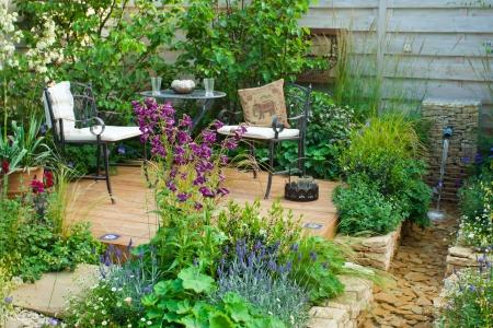 Photo pour Garden patio - image libre de droit