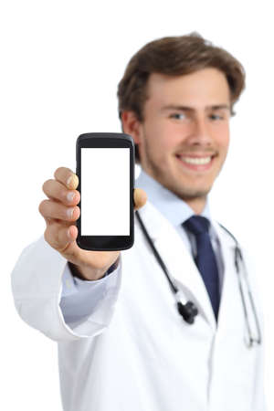 Photo pour Happy doctor man showing a blank smart phone screen isolated on a white background             - image libre de droit