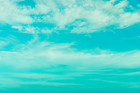 Photo pour Copy space summer blue sky and white cloud abstract background. - image libre de droit