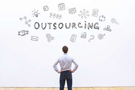 Photo pour outsourcing concept - image libre de droit