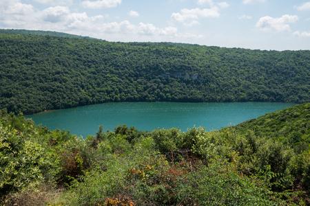 Foto de Limski Canal also called Limski Fjord in Istria near Rovinj - Imagen libre de derechos
