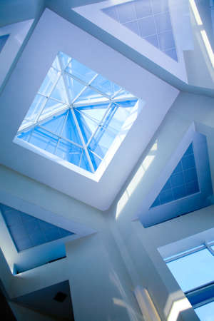 Foto de Roof transparent in modern office building  - Imagen libre de derechos