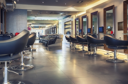 Photo pour interior of modern hair salon  - image libre de droit