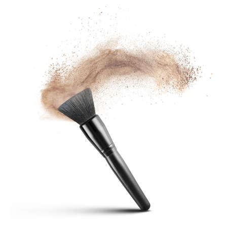 Photo pour makup brush with powder foundation isolated on white - image libre de droit